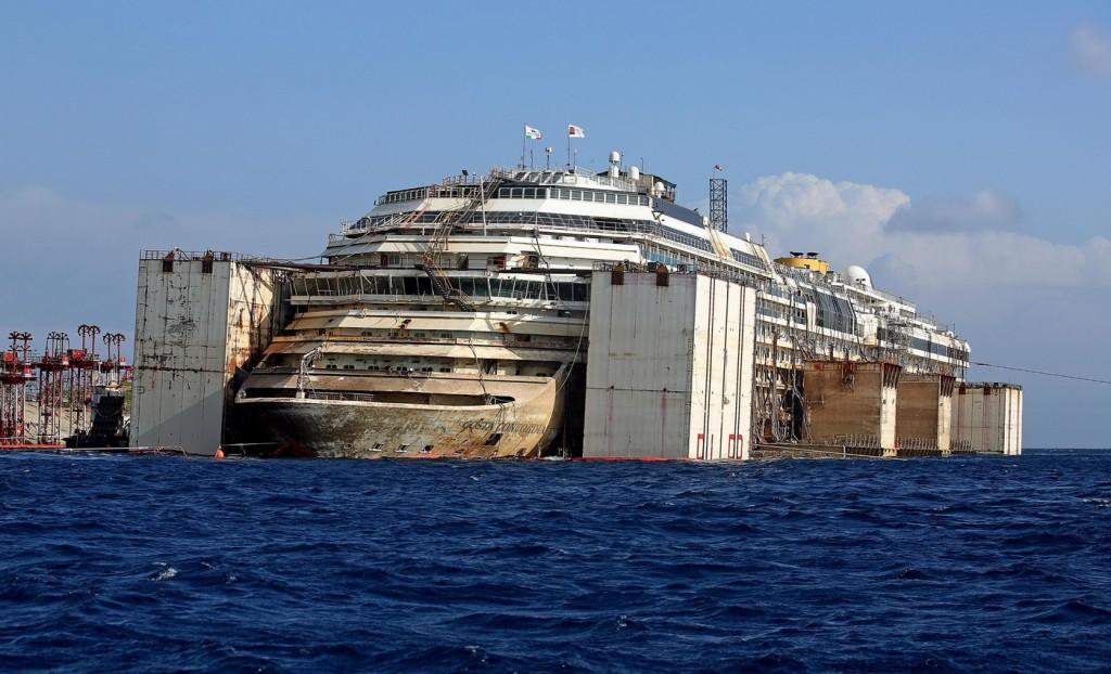 'Costa Concordia' cruise ship