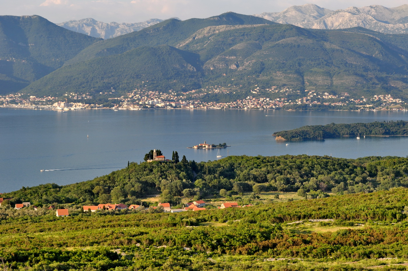 Panorama Tivta iz Luštice - Photo: Marusic M