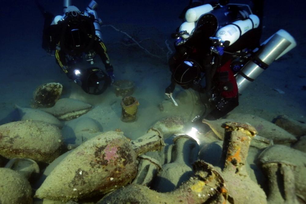 Ronioci Global Underwater Explorersa