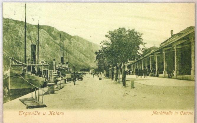 Kotorska pijaca nekada - Photo Pomorski muzej