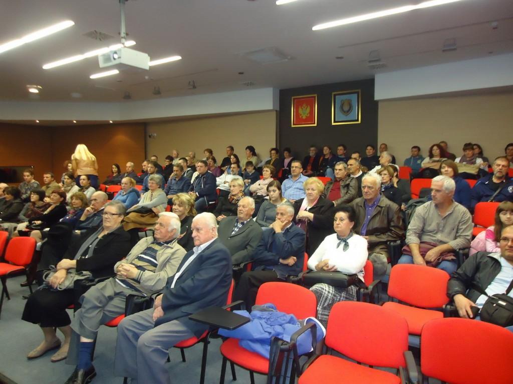 Sa projekcije dokumentarnih filmova FKVK Mladost