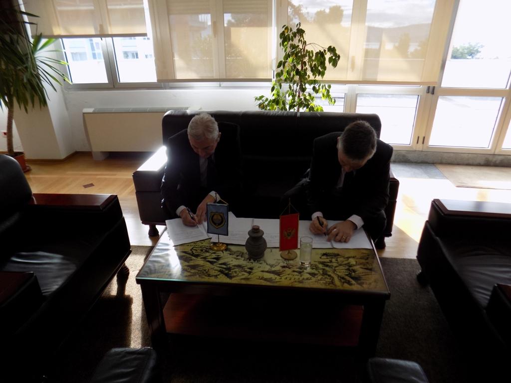 Daren Gibson i Ivan Novosel - potpisivanje