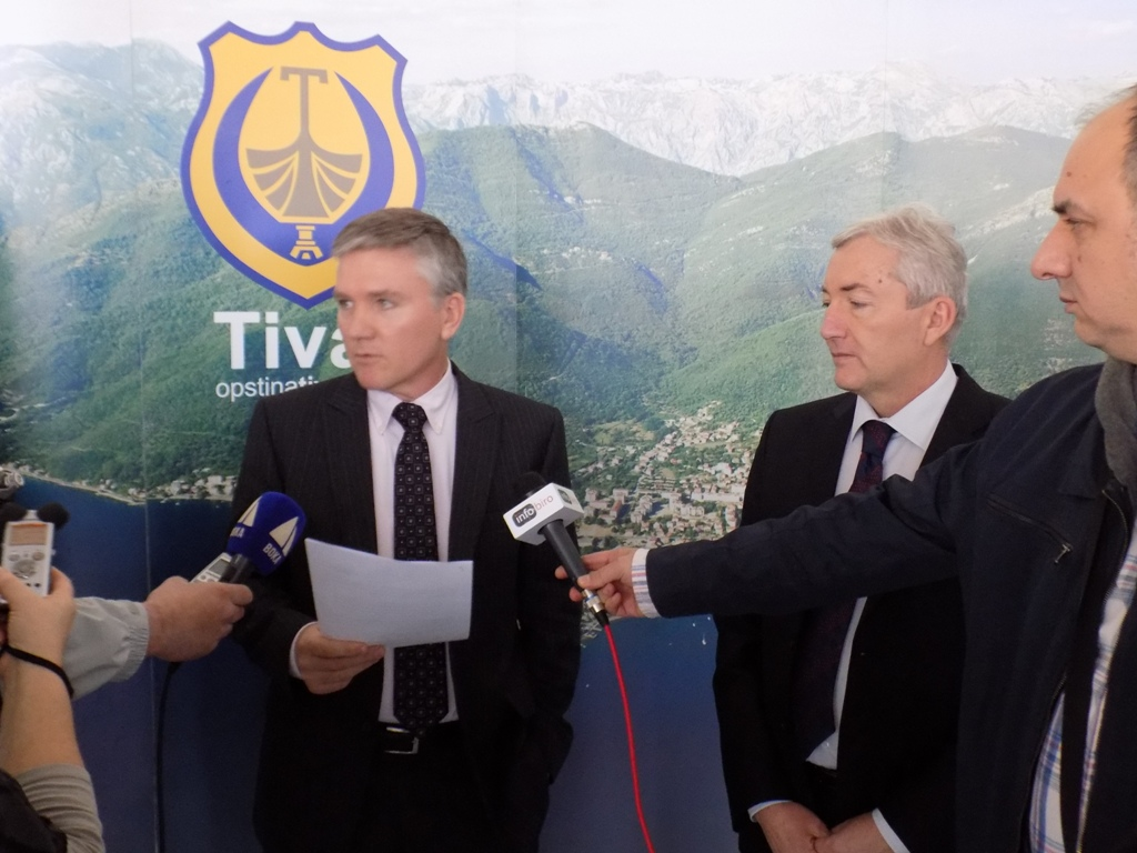 Daren Gibson i Ivan Novosel