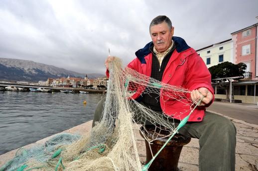 Ribarska-mjesta-ostaju-bez-ribara-a-otoci-bez-duse_ca_large