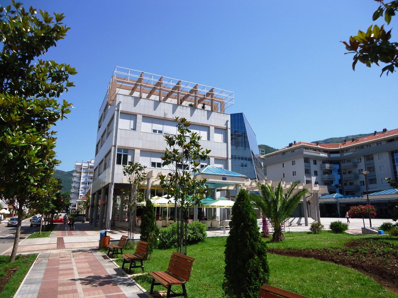 Zgrada Opstine Tivat