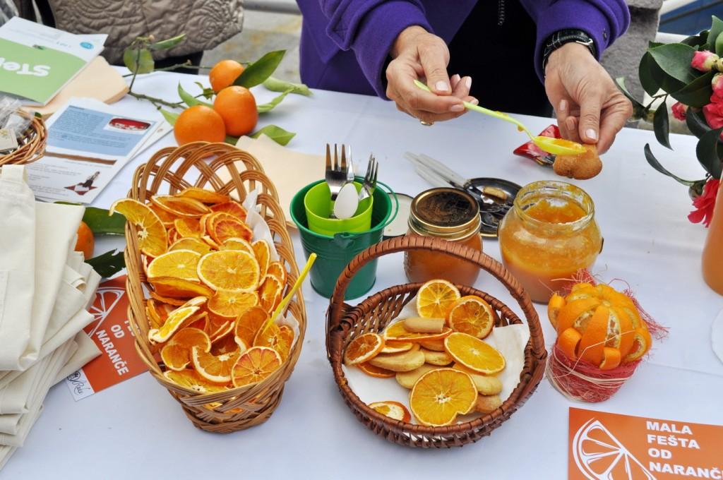 Mala fešta od naranče - H. Novi