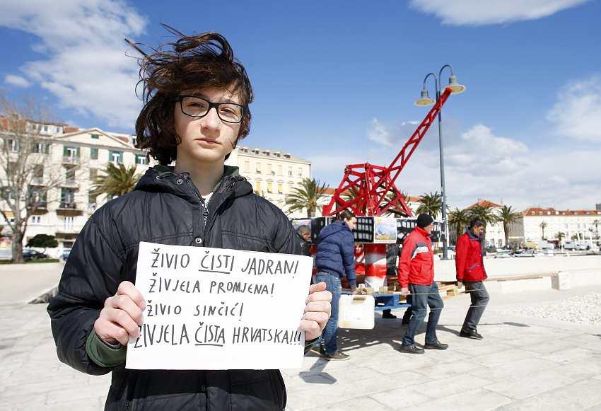 Split protest
