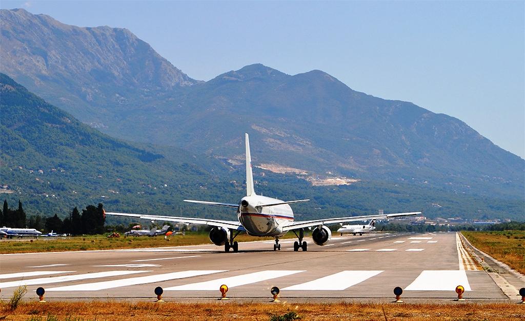 Pista aerodroma Tivat