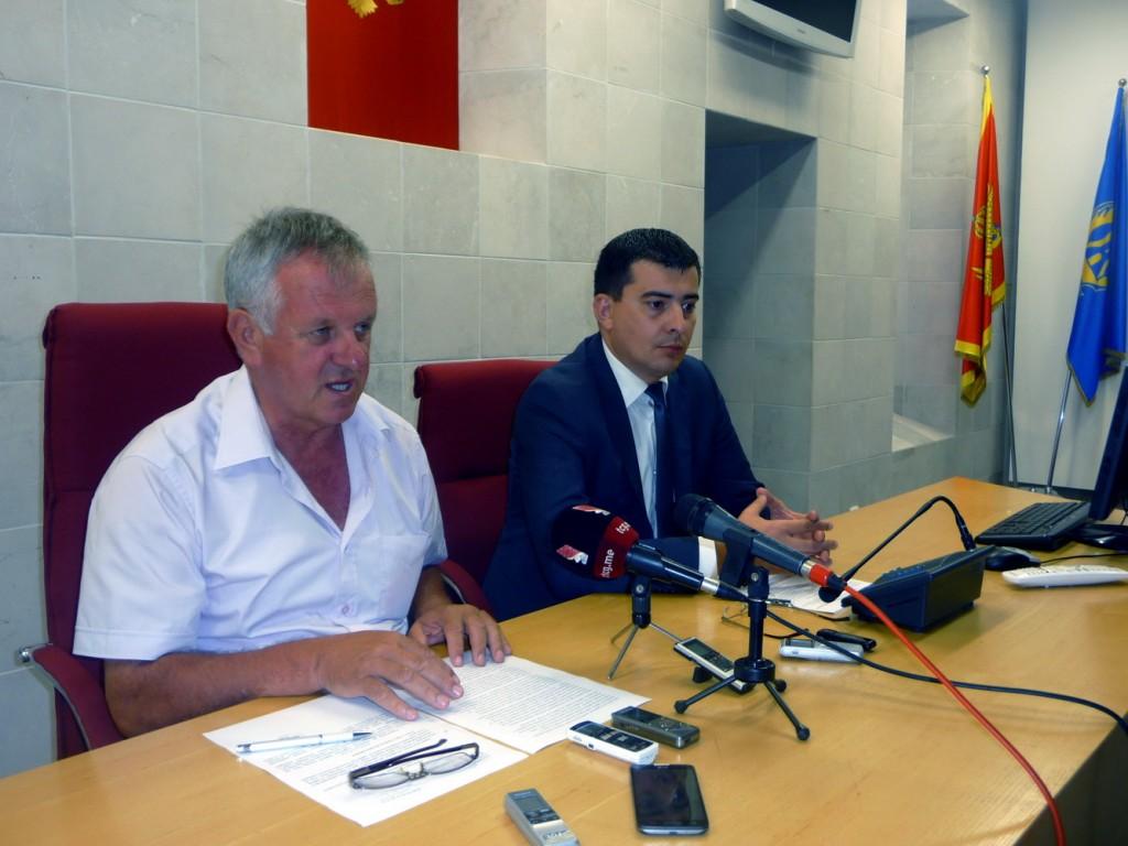 Gojković i Radman na press