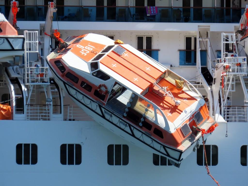 Incident Costa Mediterranea foto Boka News