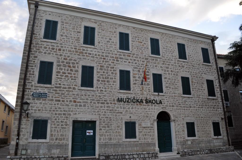 Muzička škola H.Novi