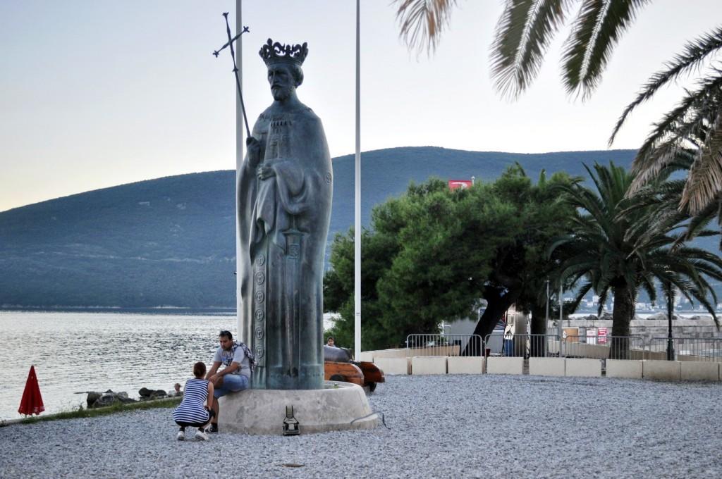 Kralj Tvrtko I Kotromanić spomenik HN