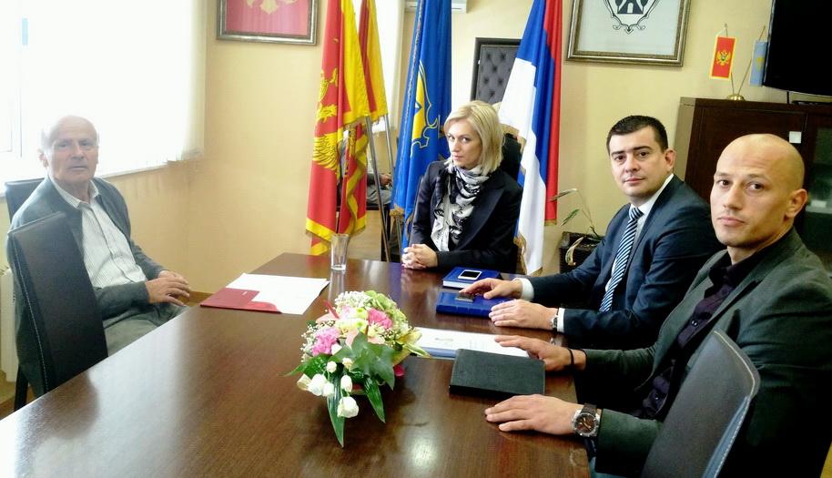 Čelnici opštine se sastali sa novim župnikom don Ivanom Vargecom