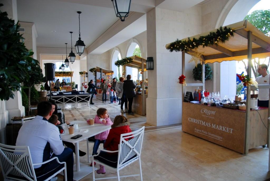 Božićni Bazar Regent