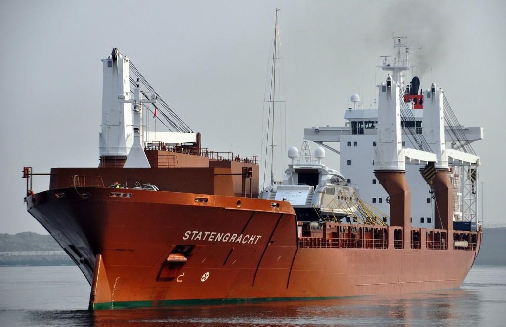Brod STATENGRACHT koji vozi jahte iz Boke za Karibe- foto shipspotting.com
