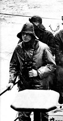 Lotar fon Arno de la Perijer na tornju podmornice