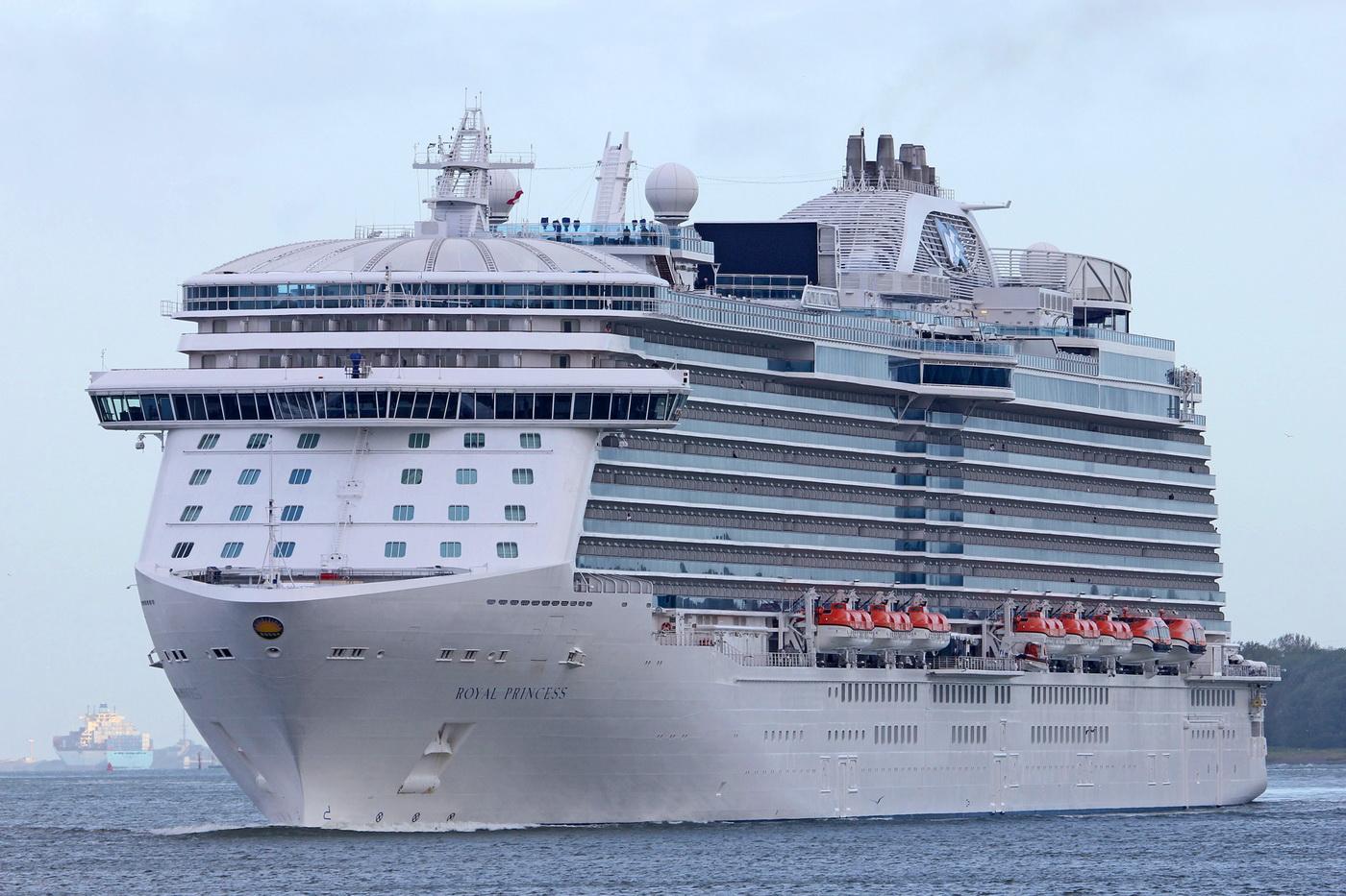 Najveći brod koji će ove sezone dolazi u Boku - ROYAL PRINCESS