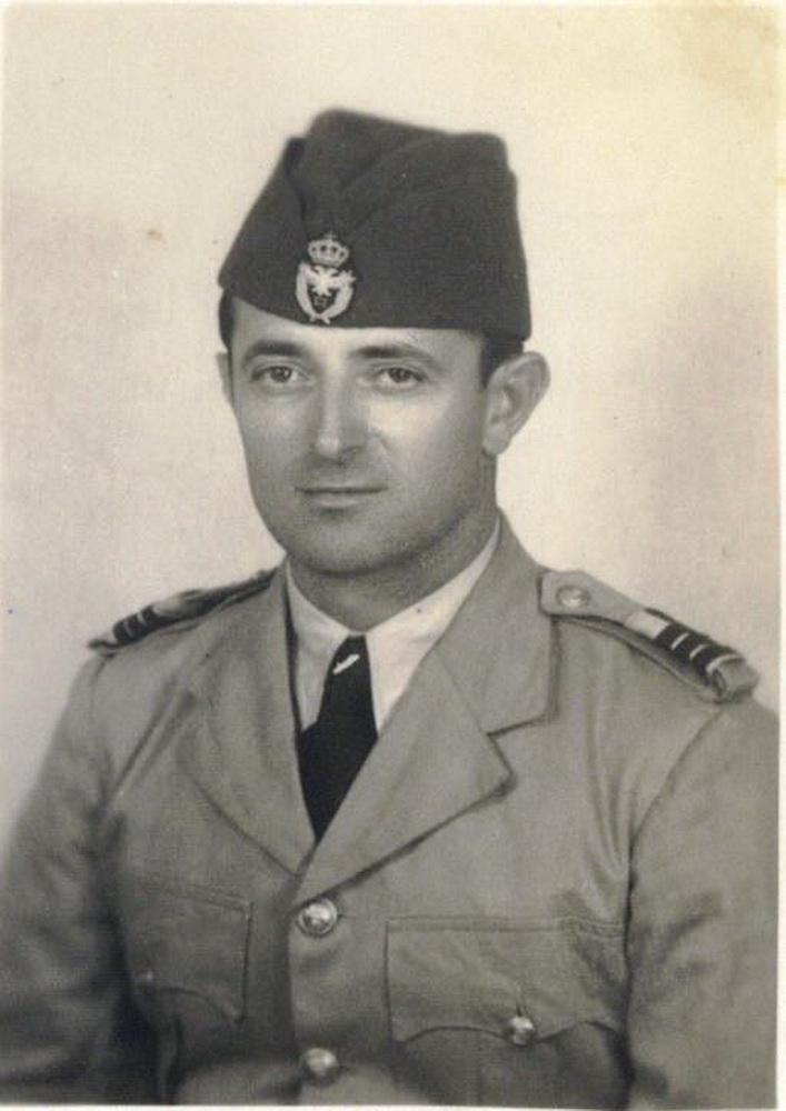 Kapetan korvete Vladeta Petrović