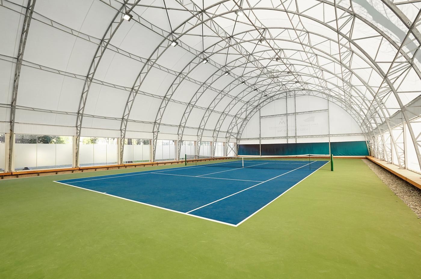Natkriveni teniski teren PM - unutrasnjost