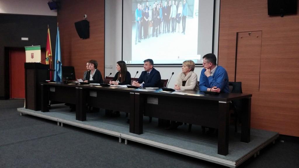 Sa konferencije o otadu u Tivtu