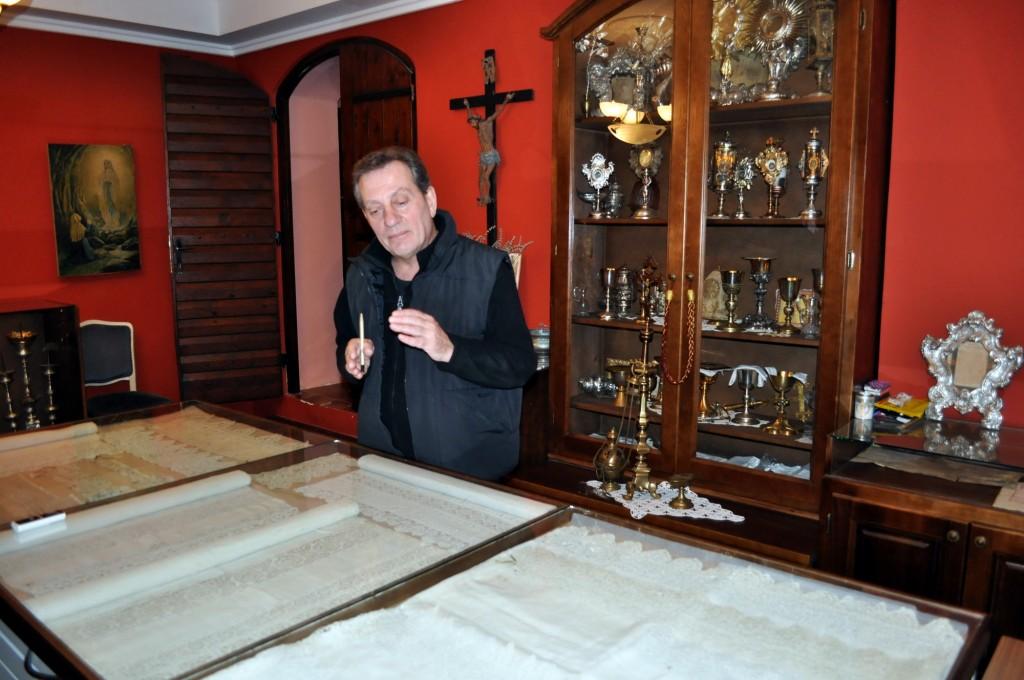 Don Pavao Medač - Sveti Eustahije zbirka dobrotske čipke