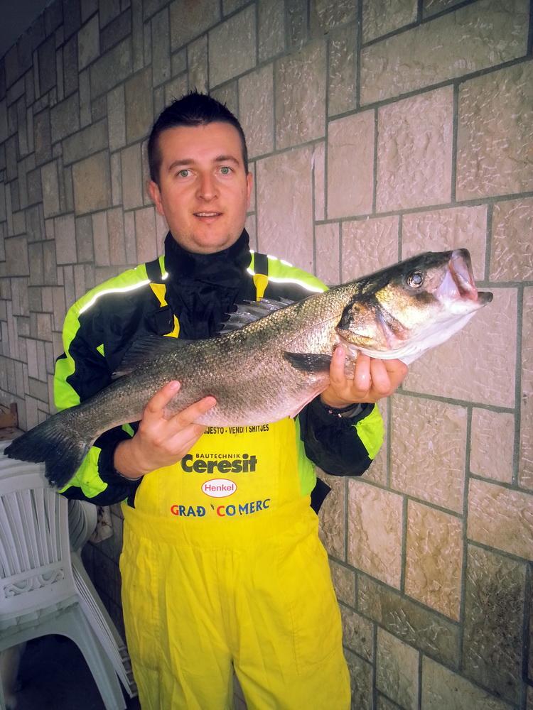 FEBRUAR - Drugo mjesto - Viktor Tagić - brancin 4.2kg
