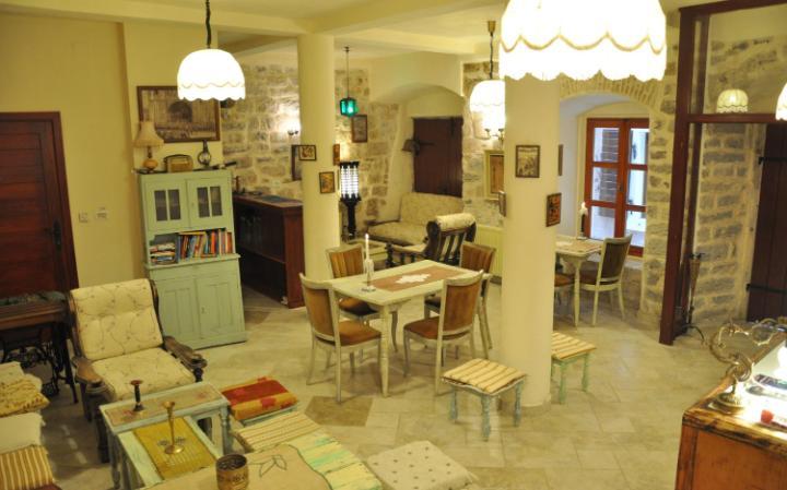 Old town hostel Kotor