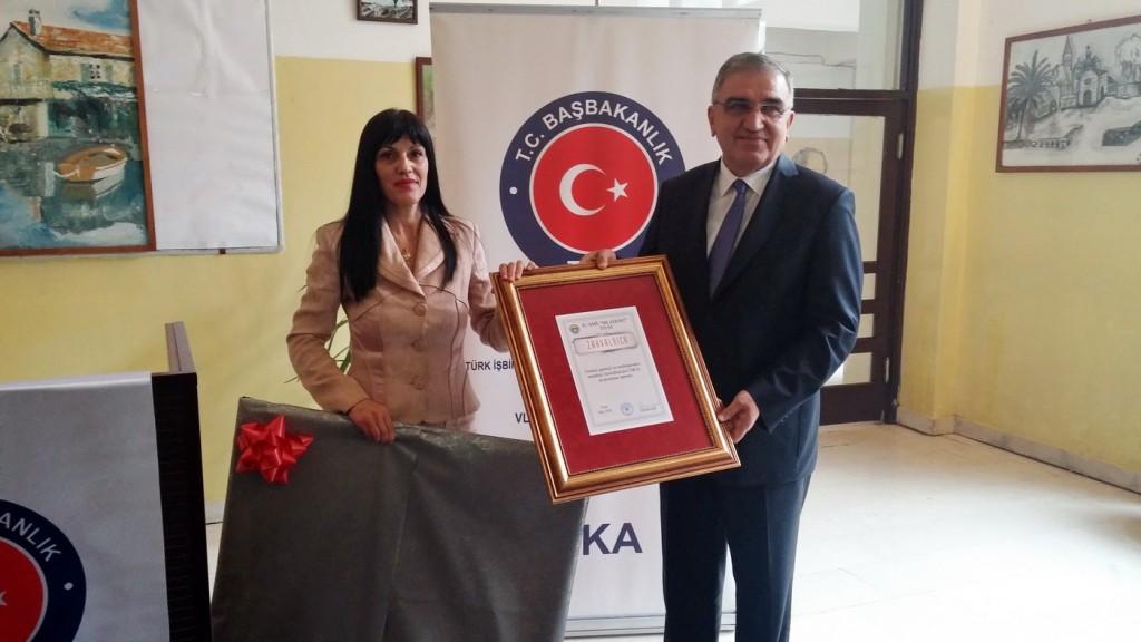 Turska opremila kabineta informatike u tivatskoj srednjoj školi