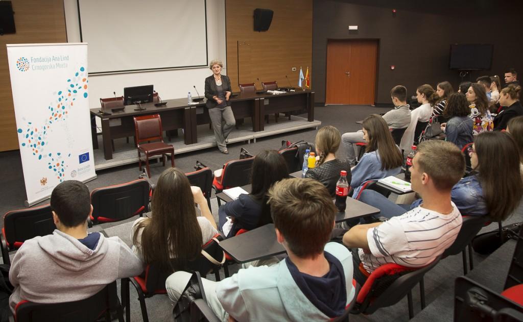 Radionica za međukulturni dijalog održana u Tivtu