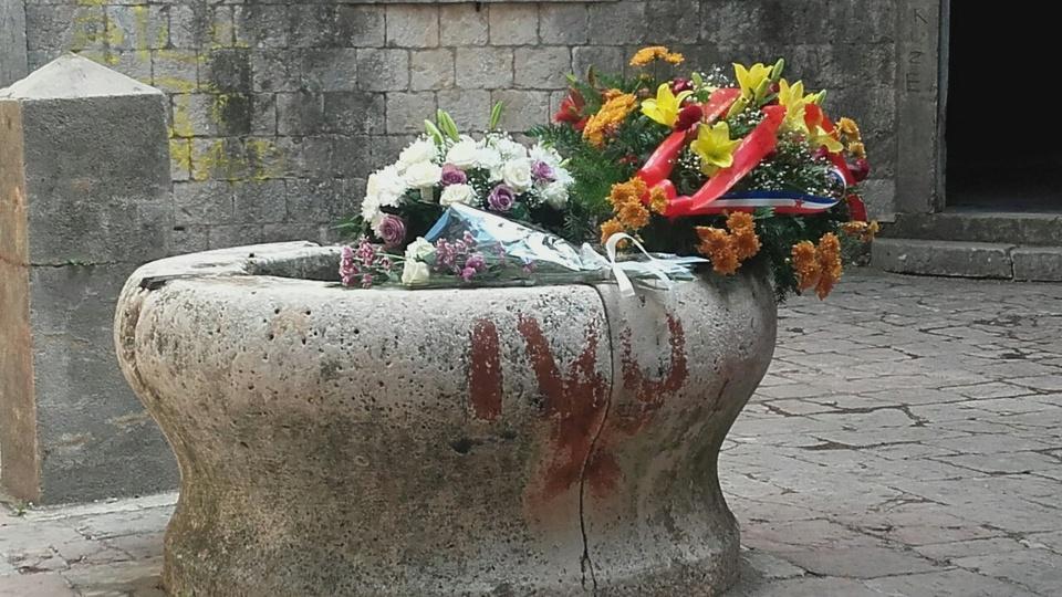 Mamulu obnoviti isključivo uz poštovanje žrtava