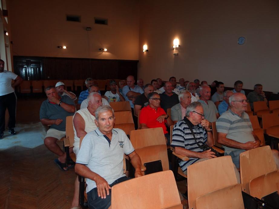 Sa zbora građana u Krtolima
