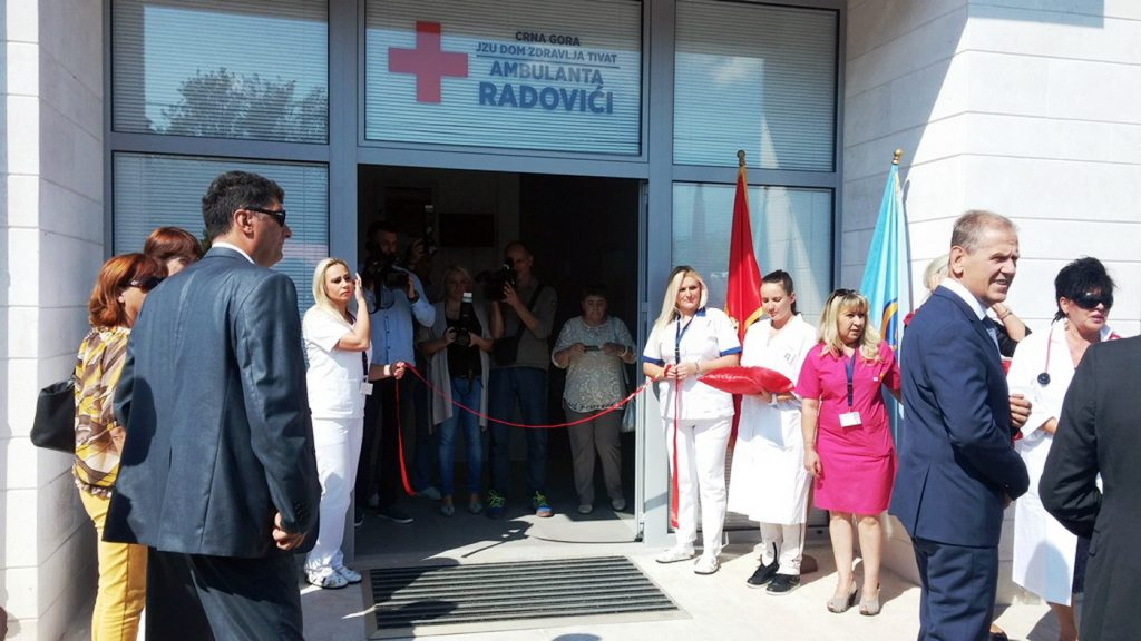 Sa otvarnja ambulante u Radovićima