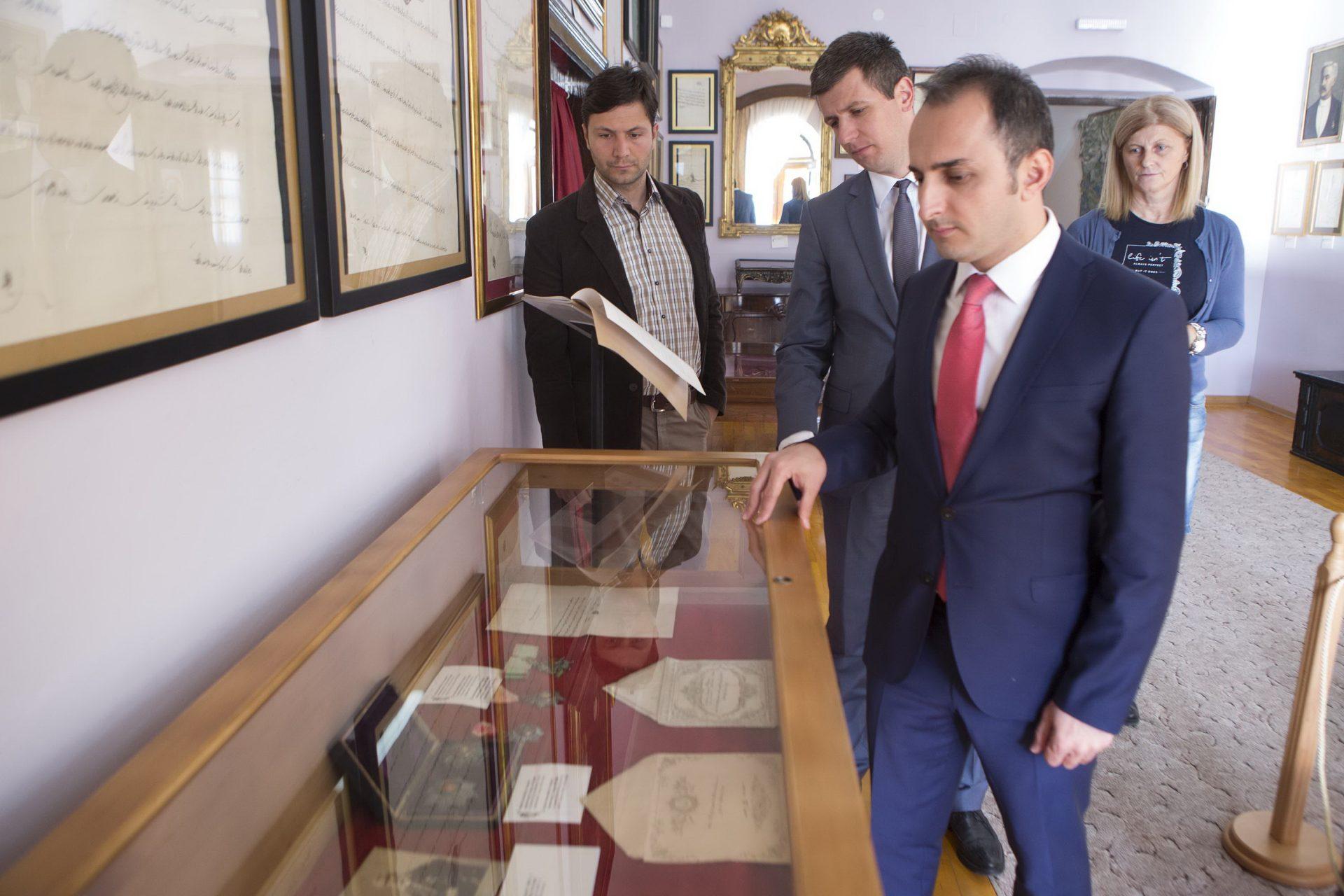 Muzej grada perasta posjeta delegacije