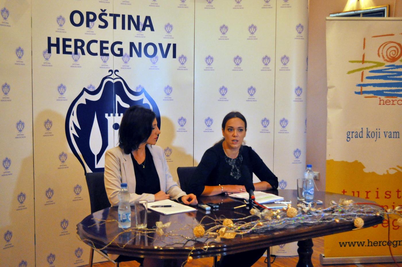 H.Novi - press