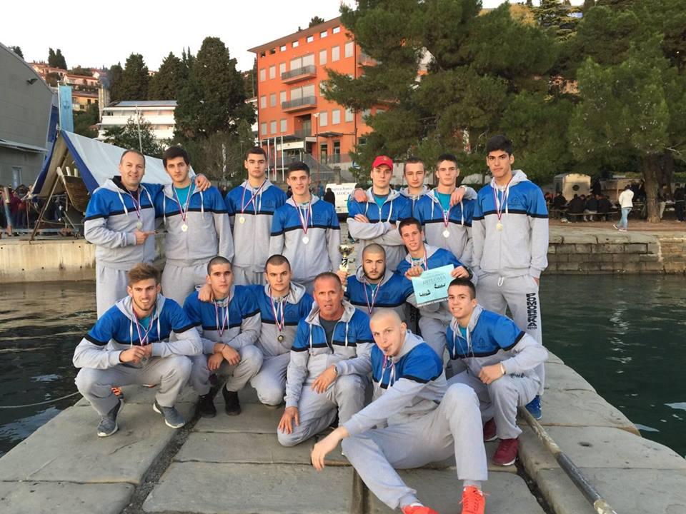 Veslači Srednje pomorske škole Kotor osvojili srebro u Portorožu
