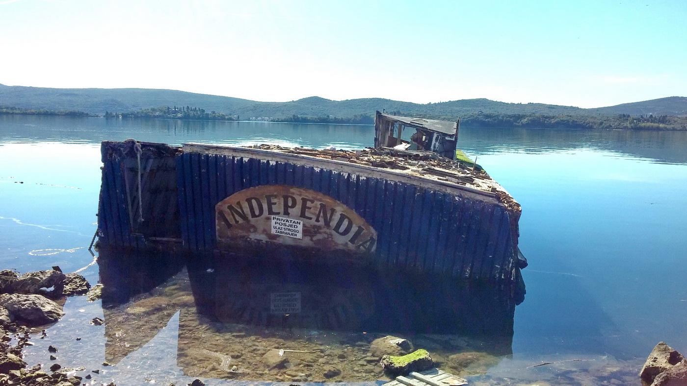 Potopljena Independia u Bonicima
