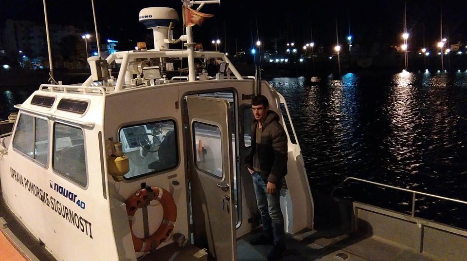 Spašen ribar Foto R.Petrić