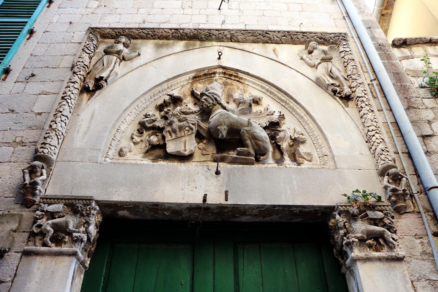 Kotor palazzo Beskuća