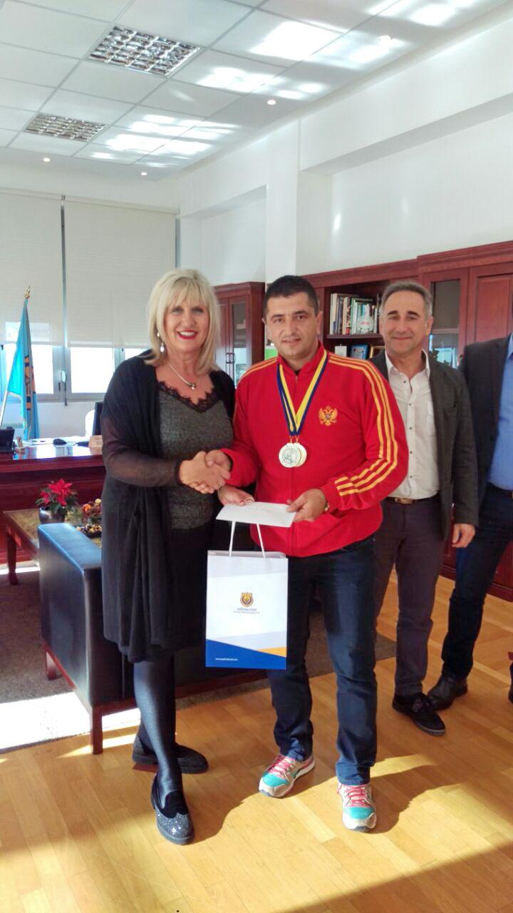 Miroslav Petković i predsjednica opštine