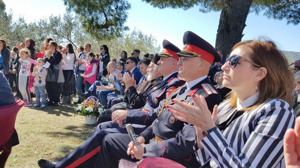 U CG stiže vojska od 200 tisuća Kozaka Zavnice-na-skupu_resize