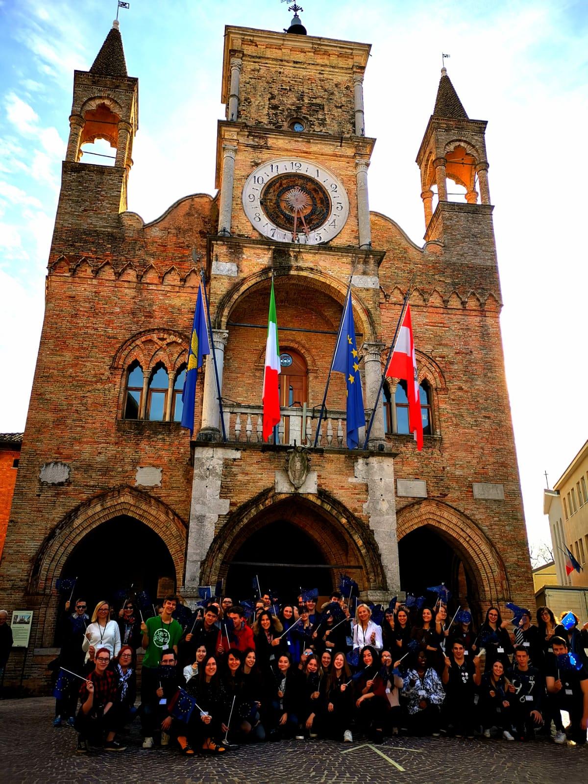 Srednjoskolci Iz Herceg Novog Na Omladinskom Festivalu U Italiji
